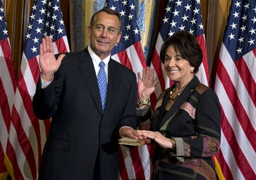 Dems, Obama, head into 2014 distant, determined