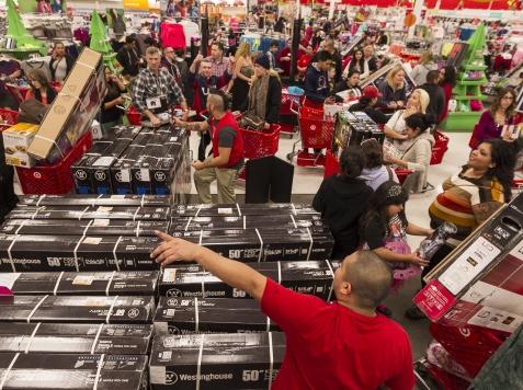 Shoppers Threaten to Boycott Retailers Open on Thanksgiving