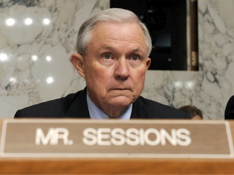 Sessions: Congress Shouldn't Adjourn Until It Fights Exec Amnesty That Will 'End Immigration Enforcement'