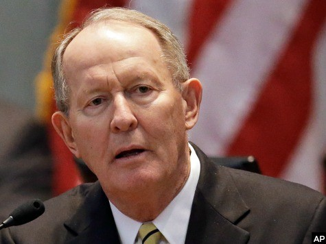 Spokesman: Report That Lamar Alexander Voted in Dem Primary Is 'Nonsense'