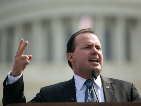 Mike Lee: Obama's 'Unelected Bureaucrats' Wrote 80,000 Pages of Rules in 2013