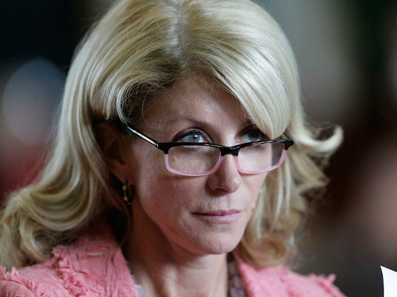 Desperate Wendy Davis Touts Discredited Poll to Promote Her Failed Campaign