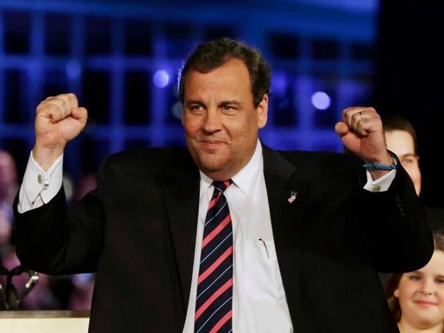 Chris Christie Takes On ALS Ice Bucket Challenge