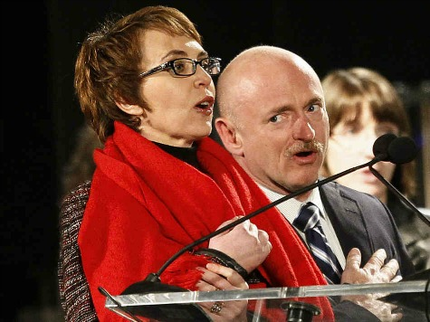 Gabrielle Giffords, Mark Kelly to Challenge NRA in 2014