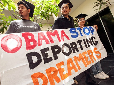 DREAMers 'Appalled' Obama Delayed Deportation Review