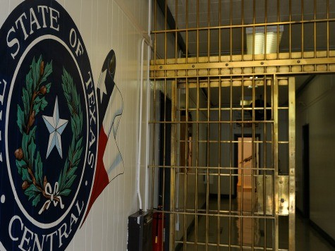 U.S. Border-Area Prosecutor Charged with Taking Bribes