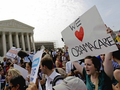Obamacare Being Used to Woo Hispanics to Democratic Party