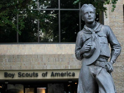Boy Scouts Adopt Contradictory Policy on Gay Scouts, Leaders