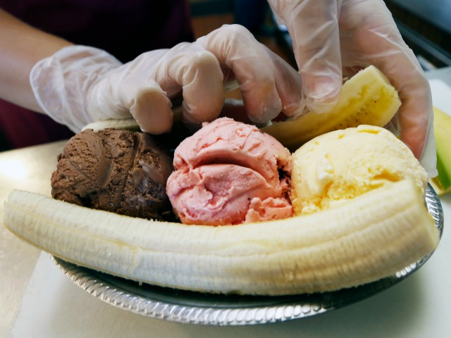 REPORT: Former CHICAGOLAND Cop Planned to Slice Businessman's Penis Like a 'Banana Split'