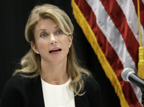 Wendy Davis Testimony in Federal Trial: 'I Got Divorced by the Time I Was 19'