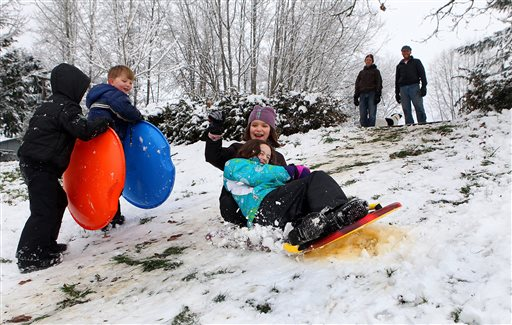 Stormy Weather Brings Snow, Rain to Seattle, Northwest