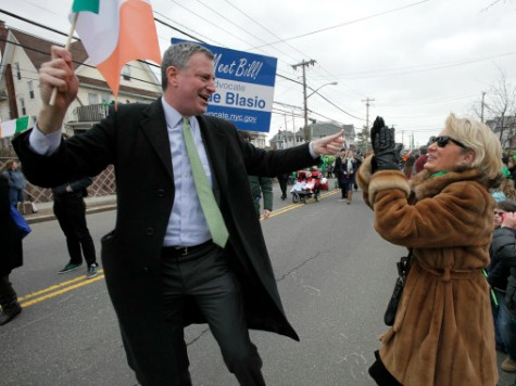 De Blasio Attends Gay-Friendly 'St. Pat's for All' Alternative Parade