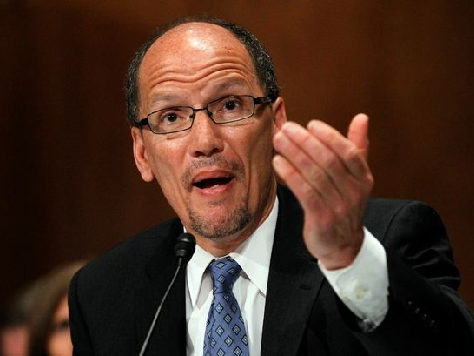 Watch: Obama Labor Sec's Elaborate Effort to Duck Question About Minimum Wage