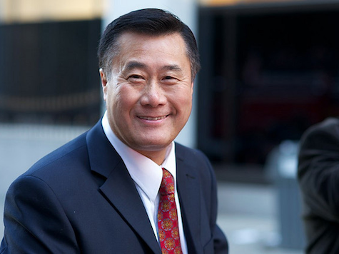 Leland Yee Blackout: CNN Mocks Citizen Who Wants Coverage of Arms Trafficking Scandal