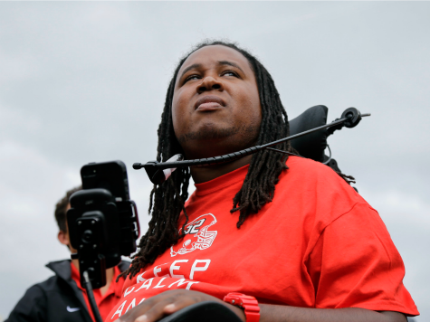 Rutgers Flip-Flops on Commencement Invite to Paralyzed Football Player Eric LeGrand