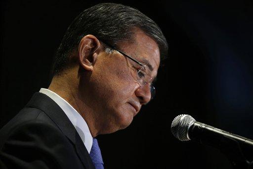 Obama Plans 'Serious Conversation' with Shinseki