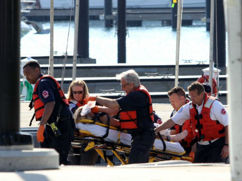 One Dead After Boat Capsizes on Lake Michigan
