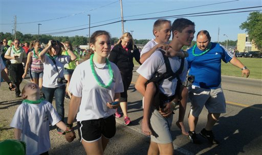 Teen Finishes 40-Mile Walk While Carrying Brother