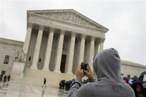 Justices Limit Cellphone Searches After Arrests
