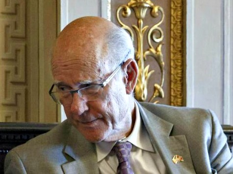 Pat Roberts Pushed Legislation for Which His Son Lobbied