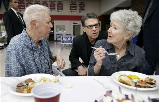 Second chance? Perry in Iowa again courting voters