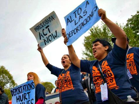 Elizabeth Warren to La Raza: 'Get Louder' for Amnesty 'Against' Lobbyists Who Back It