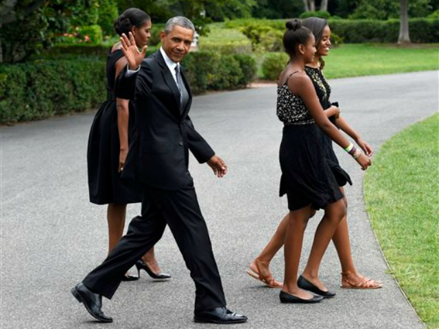 Obamas Attend Longtime Chef's Wedding to MSNBC Host Alex Wagner