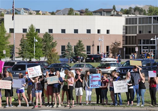 Denver Area Students Walk Out of School in Protest of Conservative Curriculum