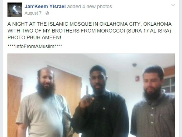 Oklahoma Beheading Suspect Shared Photos of Himself Giving ISIS Salute