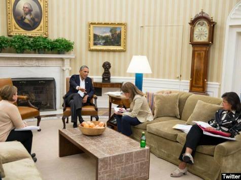 Obama Calls United Nations, French President to Address Ebola Threat