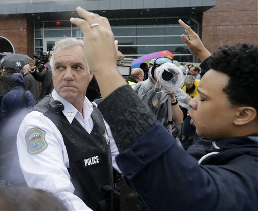 Report: Ferguson Officer Darren Wilson Says He Feared for Life