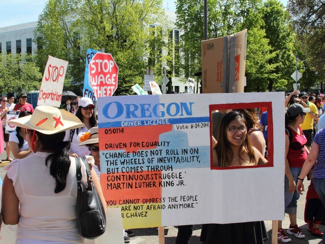 Poll: Nearly Two Thirds of Oregon Voters 'Likely' to Reject Driver's Licenses for Illegals