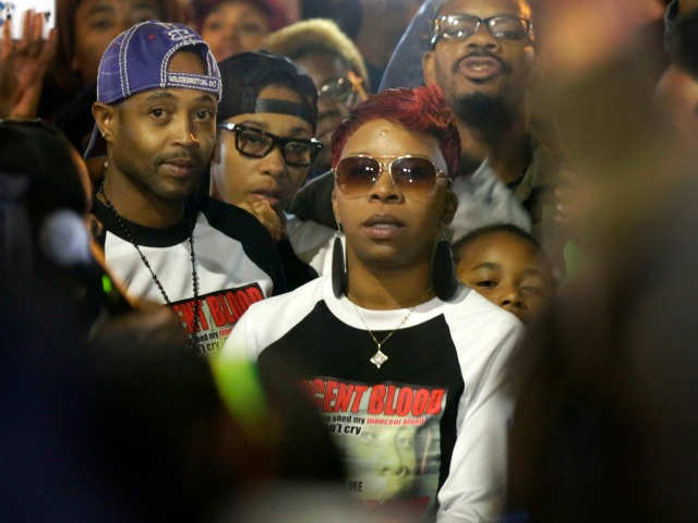 Police ID Michael Brown's Mother as Alleged Robbery Attacker