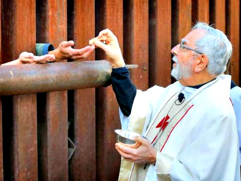 Catholic Bishops 'Welcome' Obama Executive Amnesty