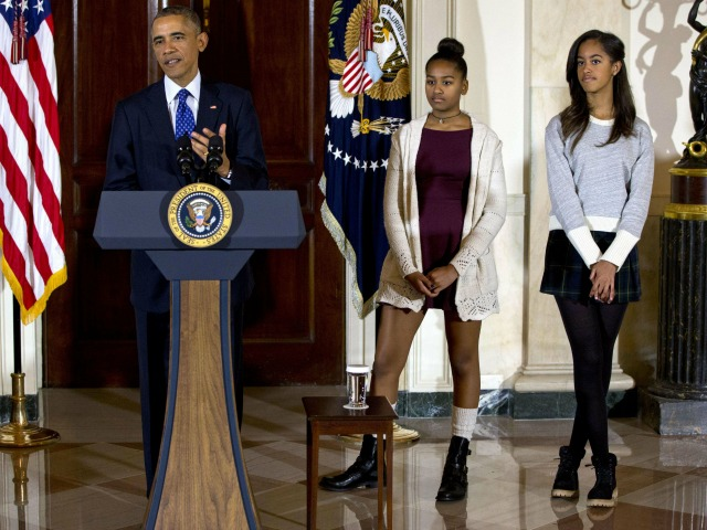 GOP Staffer Apologizes for Criticizing Obama's Daughters
