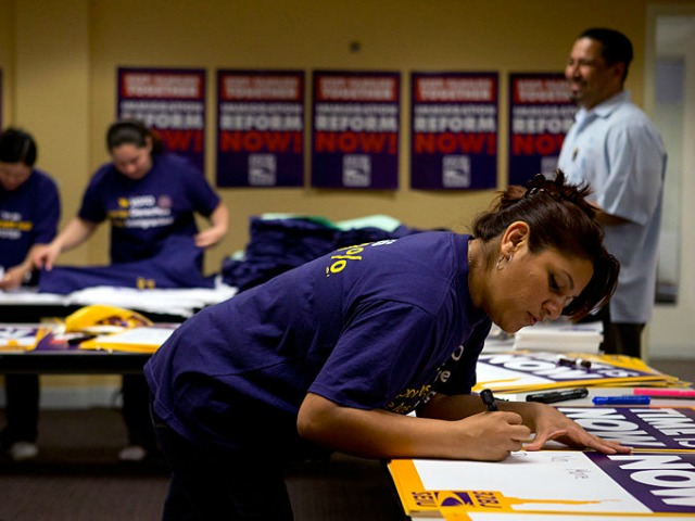 SEIU to Latinos: Urge Senators to Not Join 'Extremists' who Want to Defund Exec Amnesty