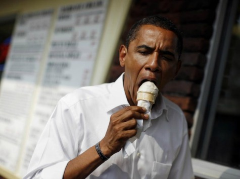 Obama Offers Reporters Ice Cream, Asks 'Is that Unethical?'