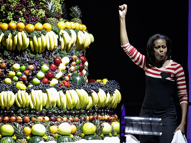 Michelle Obama Brags About Obama Economy As Stock Market Tumbles