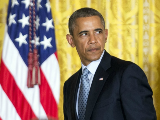 Obama: Illegal Immigrants Should Not Have to 'Look Over Their Shoulder'