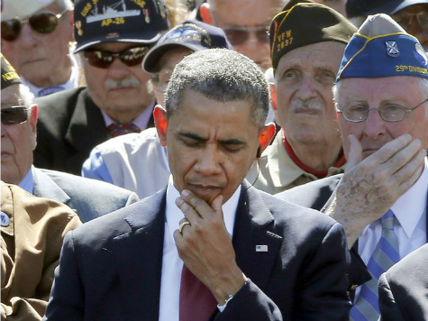 17 French Tweets Reacting to Obama's Gum Chewing During D-Day Celebration