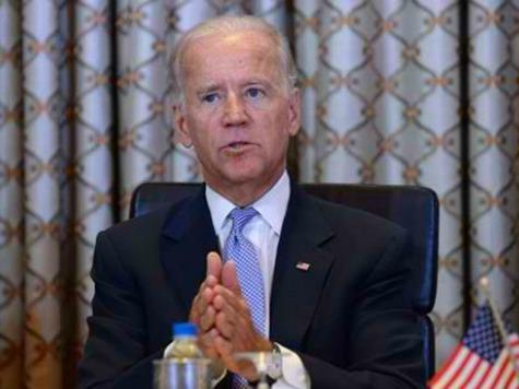 Biden Takes Shot at Clintons in SC