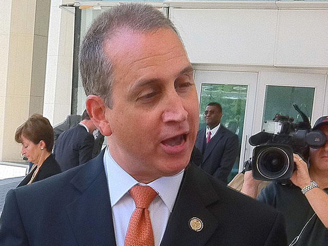 Report: GOP Leaders Deny Rep. Diaz-Balart's Final Plea for Amnesty Bill