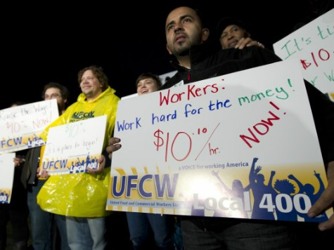 CBO: Minimum Wage Hike to $10.10 Could Cost 500K Jobs