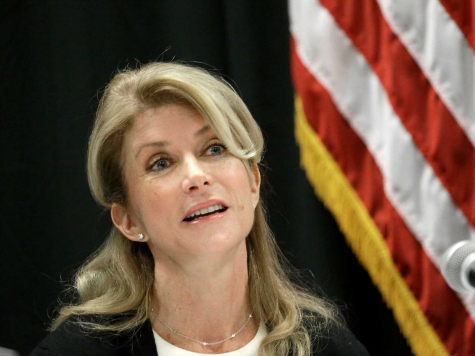 Abortion Advocate Wendy Davis Campaign's Fundraising Underperforms