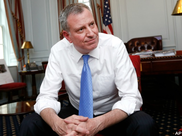 Bill de Blasio on NYPD: 'A Whole New Generation of Officer Will Be Trained with a New Approach'