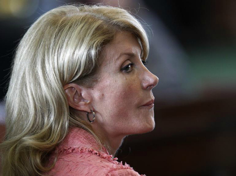 Wendy Davis Taunts Greg Abbott: You're Messing With the 'Wrong Texas Gal'