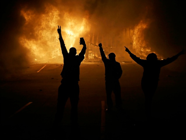 CNN, Huffington Post Accused of Recruiting for Ferguson Riots