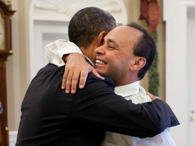 Obama Flies Luis Gutierrez on Air Force One for Exec Amnesty Celebration