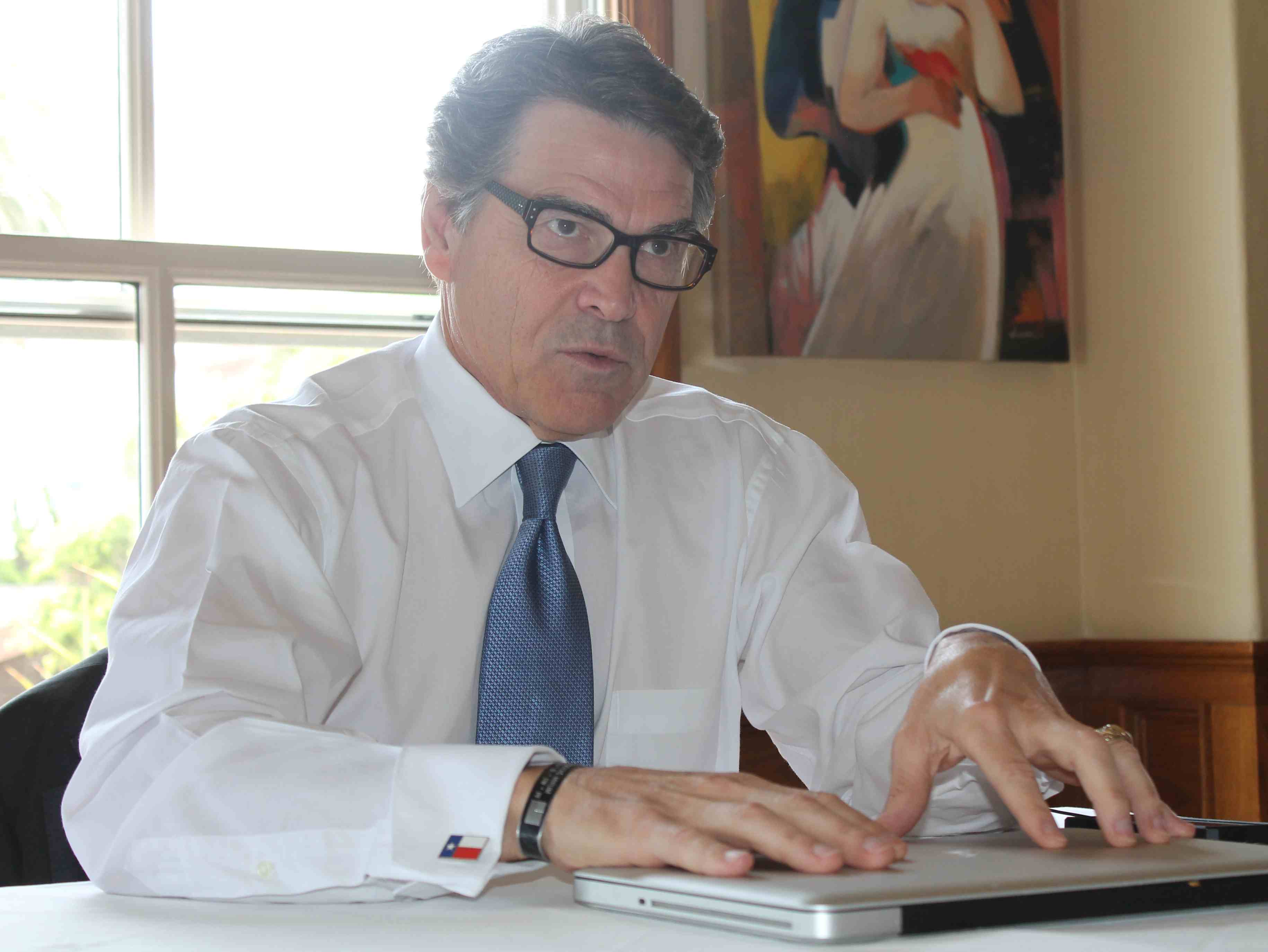 For Rick Perry, California Visits Offer Practice for 2016