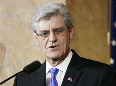 MS Gov. Phil Bryant Makes Break from Thad Cochran's Common Core Position